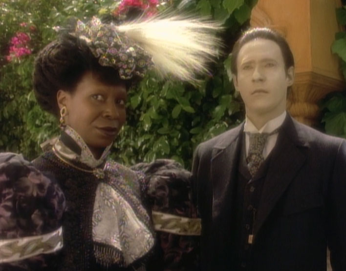 guinan_and_data_1893